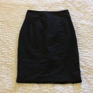 H&M Black Pinstriped Pencil Skirt